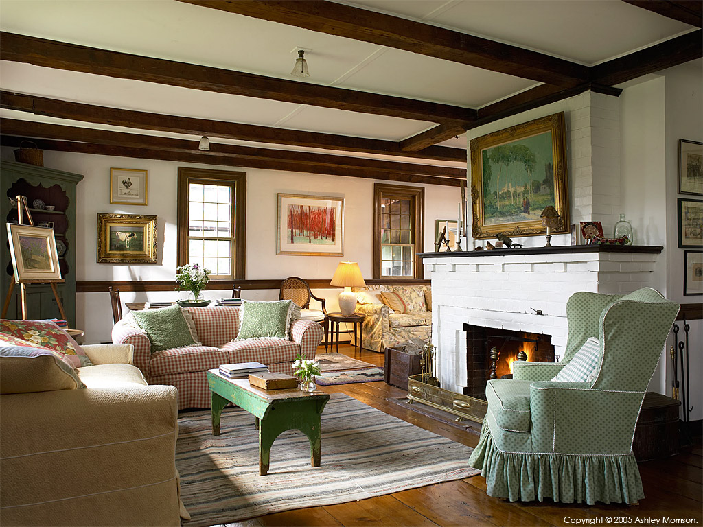 The living room in elinor earle 39 s candle light cottage in for The family room vermont